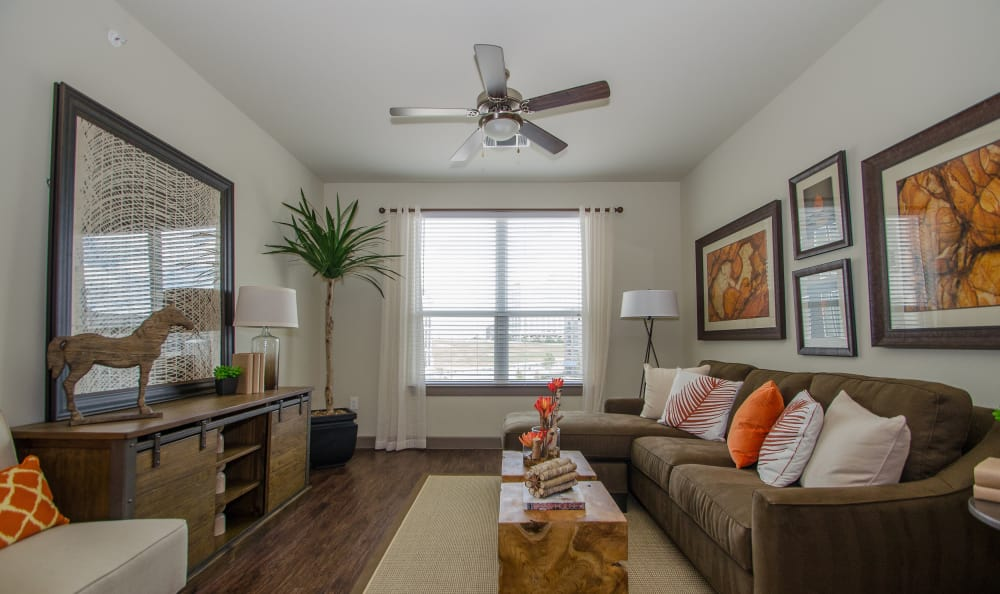 living room at GreenVue Apartments