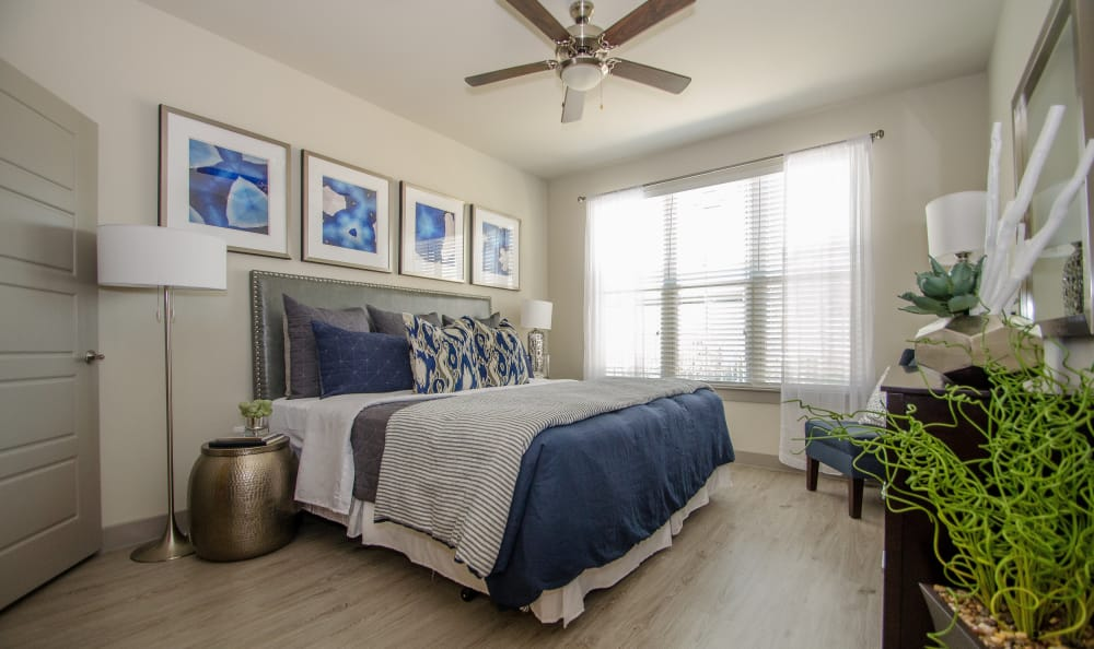 Spacious master bedroom at Domain at Midtown Park