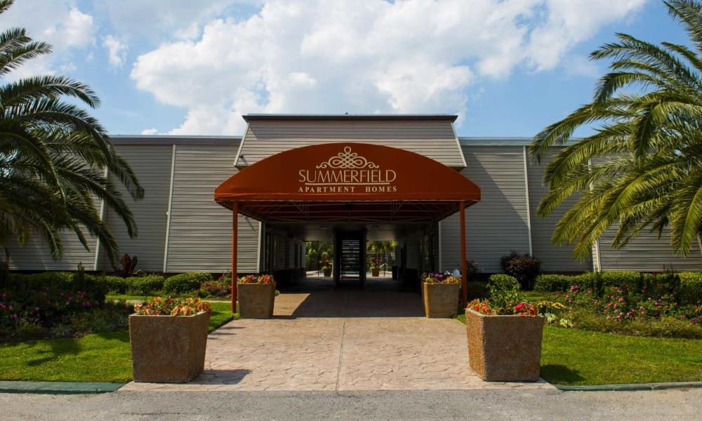 Leasing office entrance at Summerfield Apartment Homes in Harvey, Louisiana