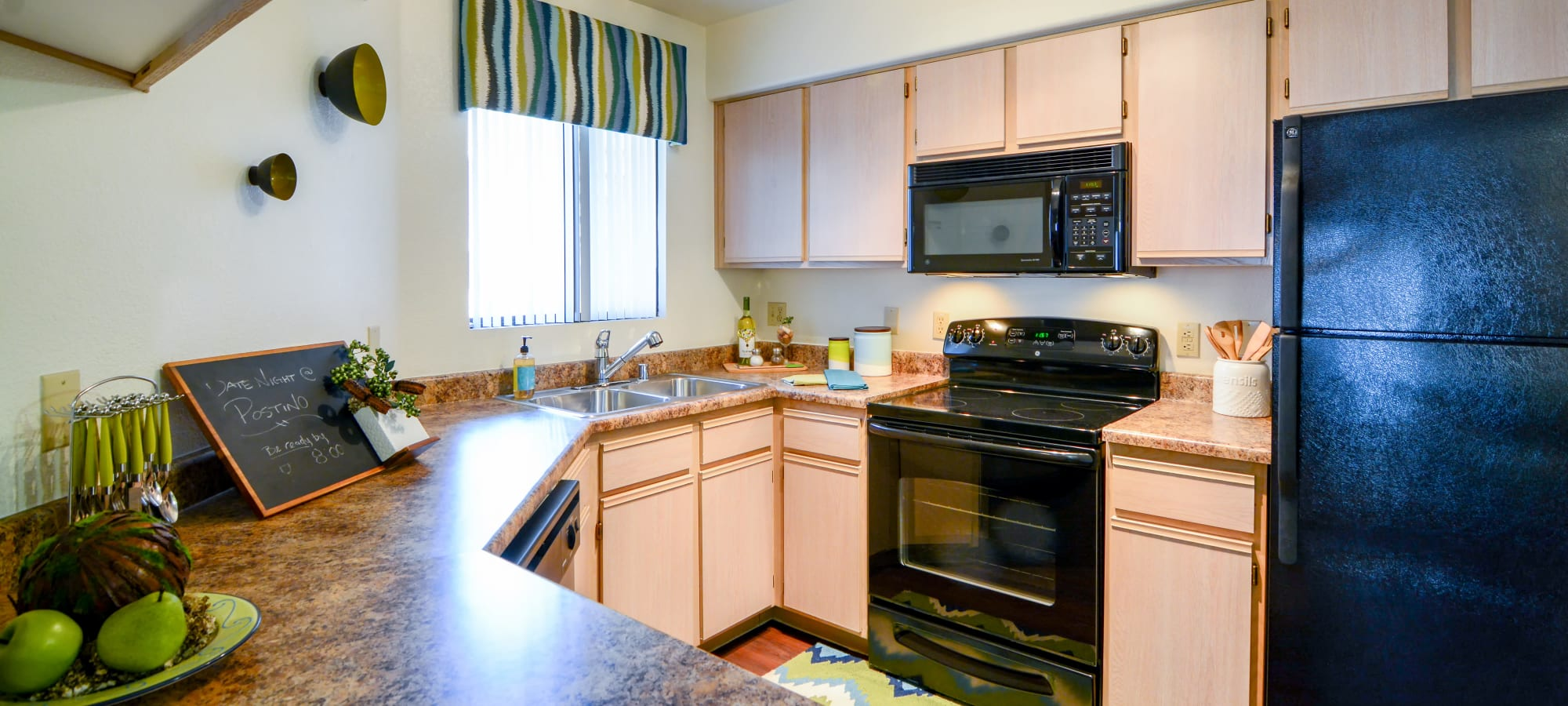 Bright kitchen at The Palms on Scottsdale in Tempe, Arizona
