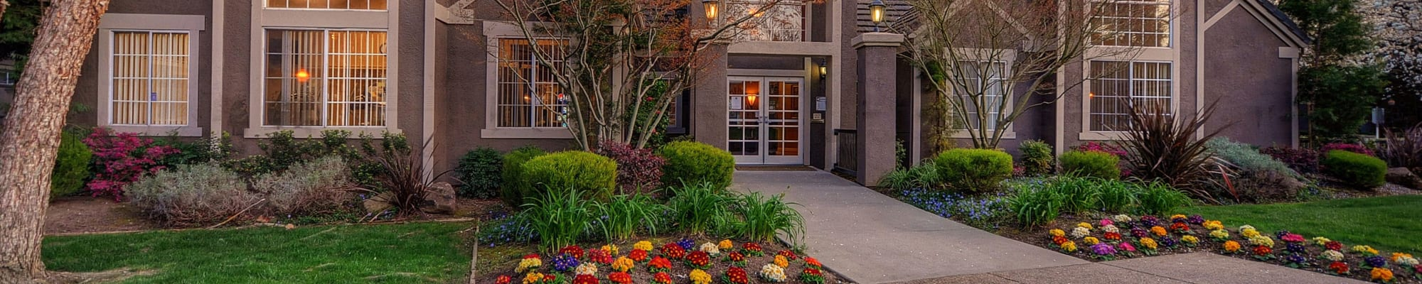 Schedule a tour to see Larkspur Woods in Sacramento, California