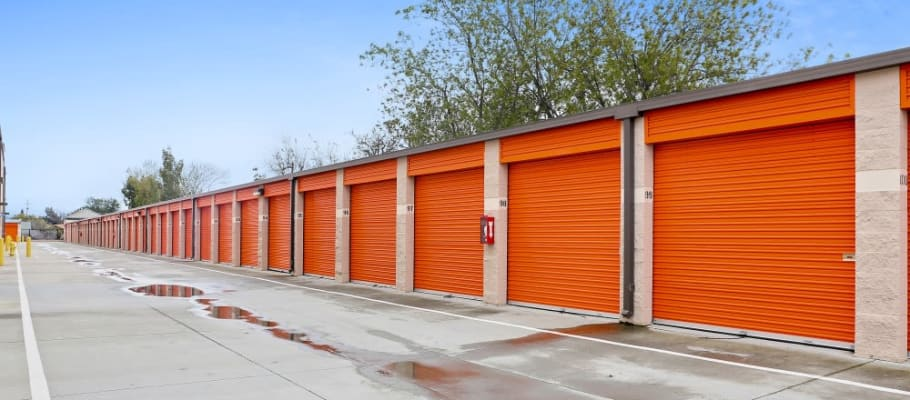 Convenient drive-up storage units in San Jose, California