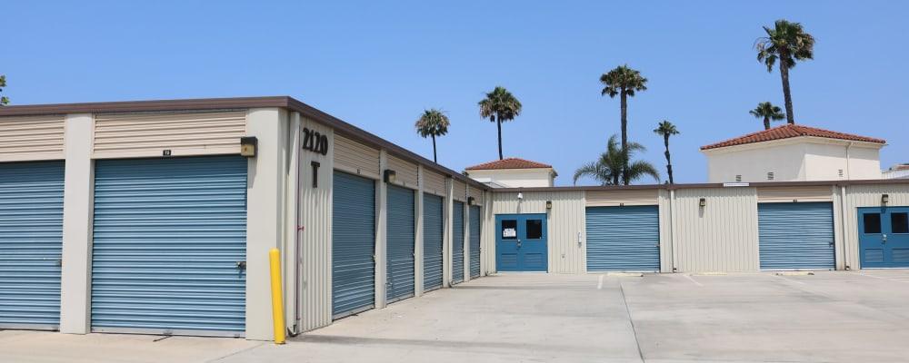 Exterior of Golden State Storage - Oxnard in Oxnard, California