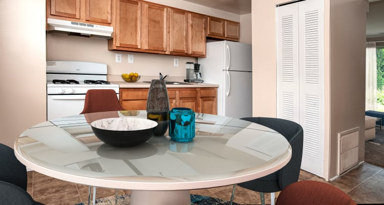 Fully-equipped kitchens at Fontana Village allow for endless culinary creations!
