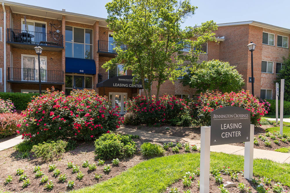 Leasing office at Bennington Crossings Apartment Homes in Alexandria, Virginia