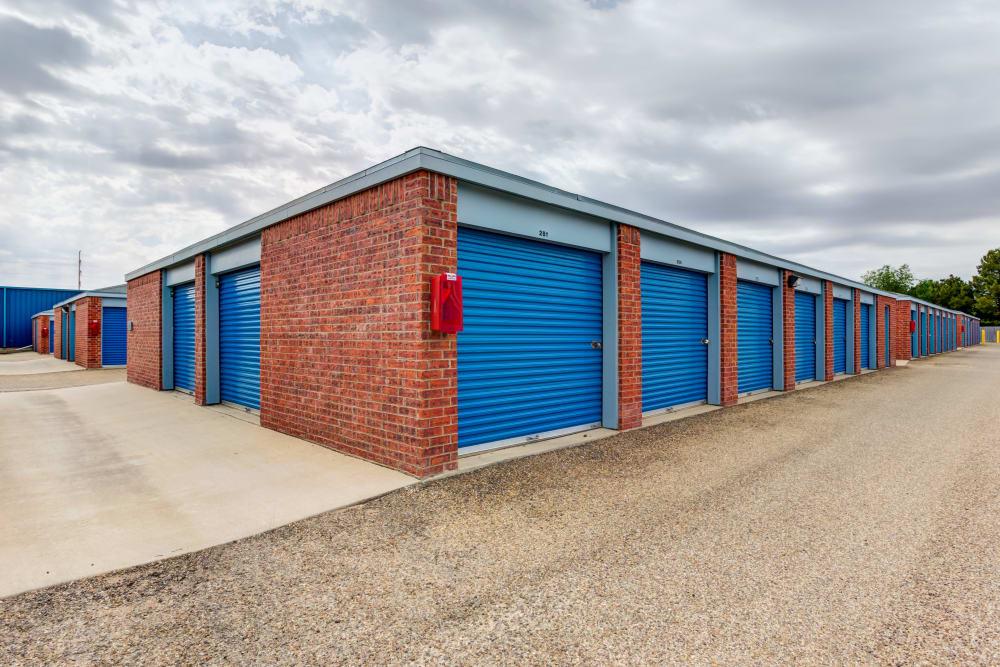 Exterior units at Metro Self Storage in Lubbock, TX
