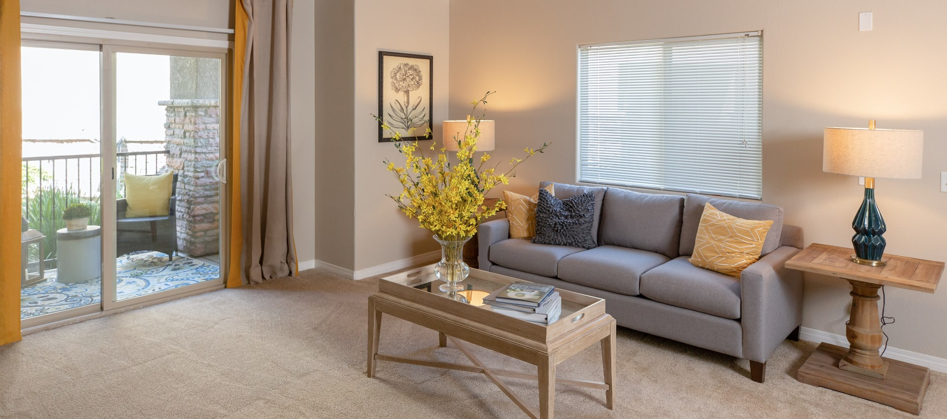 Spacious living room at Wolf Ranch Condominium Rentals in Sacramento