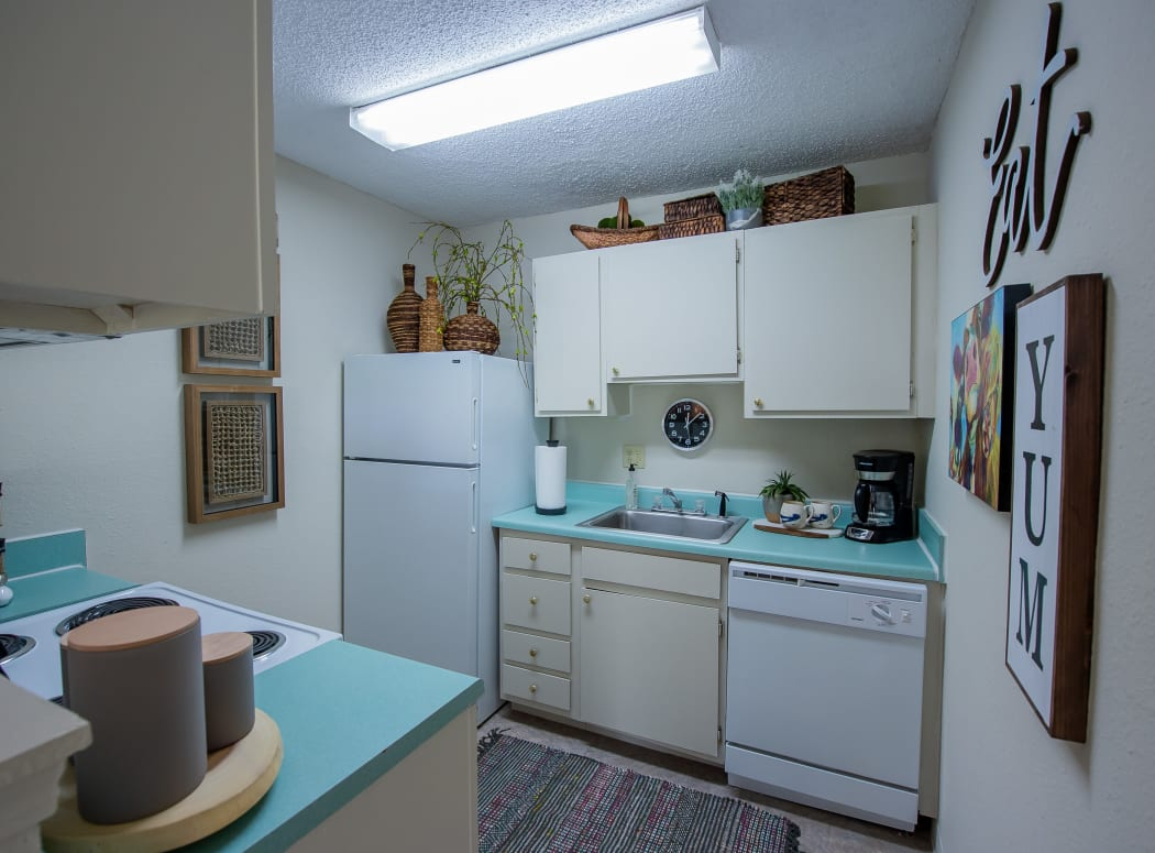 Kitchen at Summerfield Place Apartments in Oklahoma City, Oklahoma