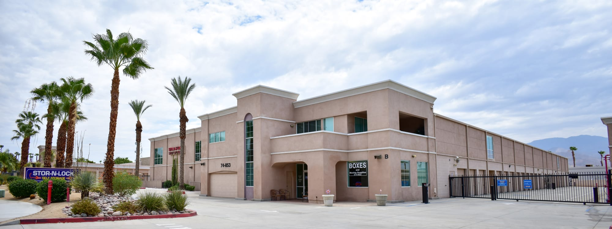 STOR-N-LOCK Self Storage in Palm Desert, California