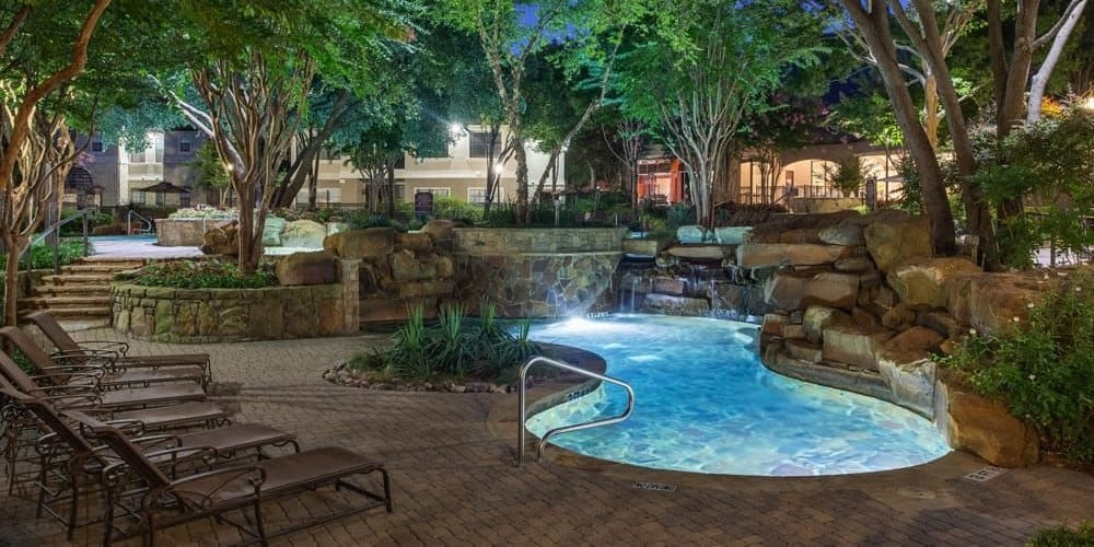 Resort-style pool at The Verandas at Timberglen in Dallas, Texas
