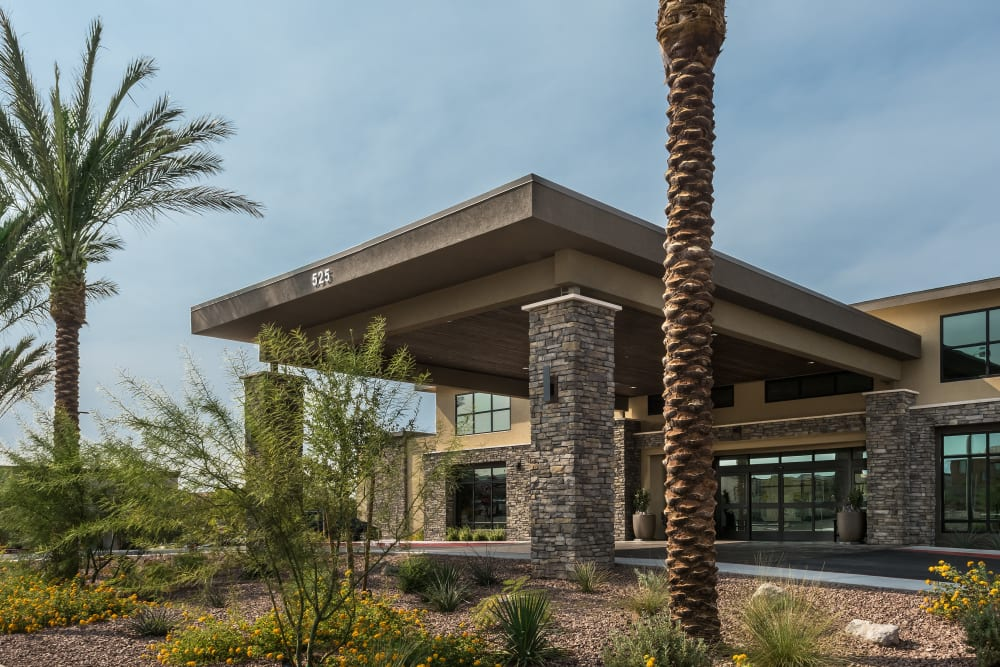 parking lot and main entrance at Carnegie Heights at Henderson in Henderson, Nevada