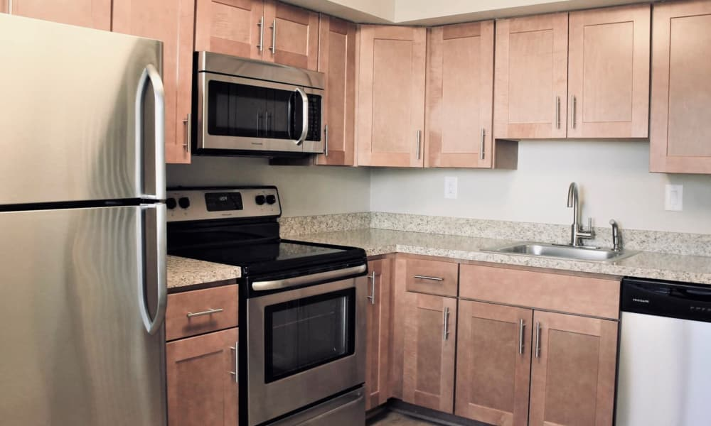 Towne Centre Place offers a beautiful kitchen in Olney, Maryland