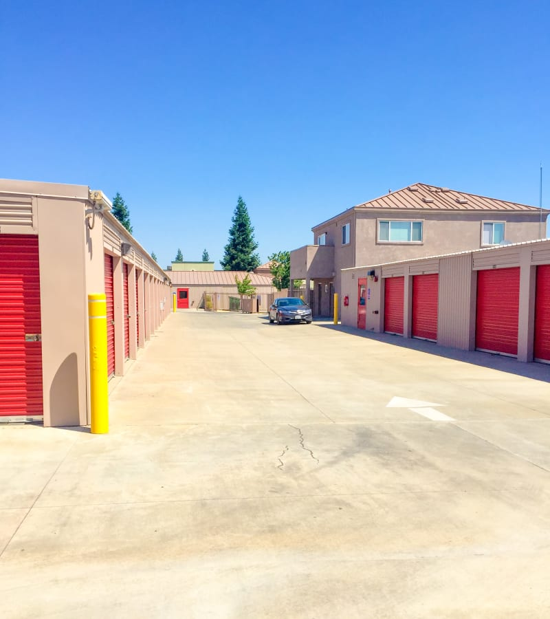 Outside access storage units at StorQuest Express - Self Service Storage in Sacramento, California