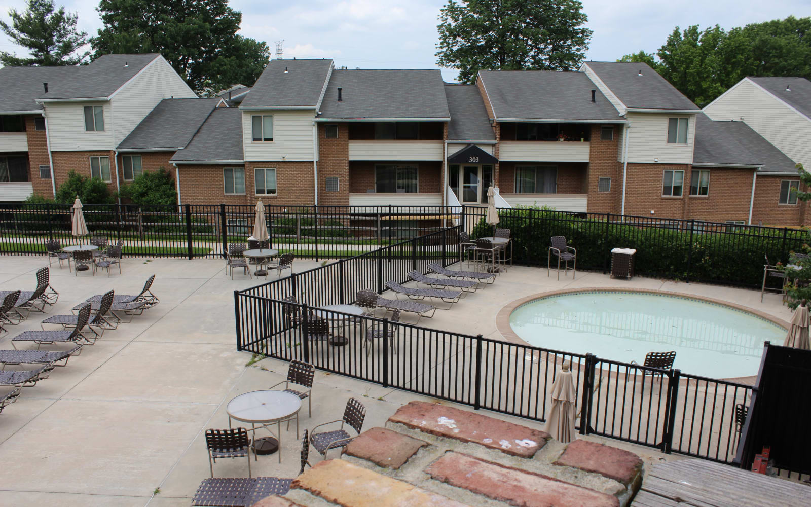 Hot tub for residents at Hunt Club Apartments in Cockeysville, Maryland