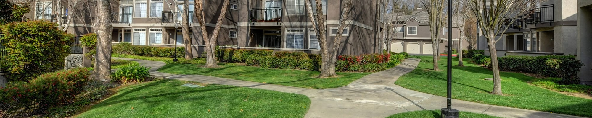 Reviews of Larkspur Woods in Sacramento, California