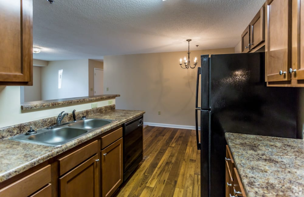 Beautiful spacious kitchen with black appliances at Park Ridge Apartments in Jackson, Tennessee
