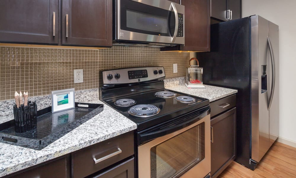 Vista at Lost Lake offers a renovated kitchen in Clermont, FloridaVista at Lost Lake offers a luxury kitchen in Clermont, Florida