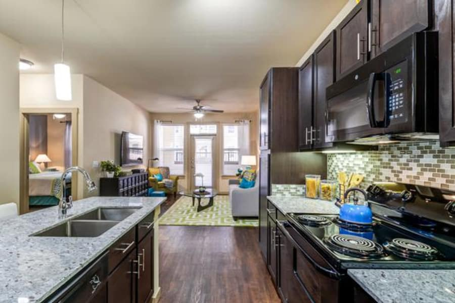 Renovated kitchen at 4000 Hulen Urban Apartment Homes in Fort Worth, Texas