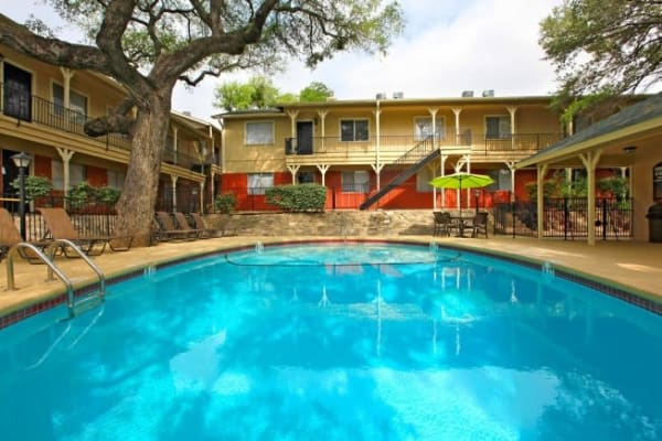 Luxury swimming pool at Bridge at Terracina in Austin, Texas