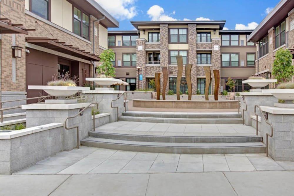 Courtyard at Merrill Gardens at Lafayette in Lafayette, California