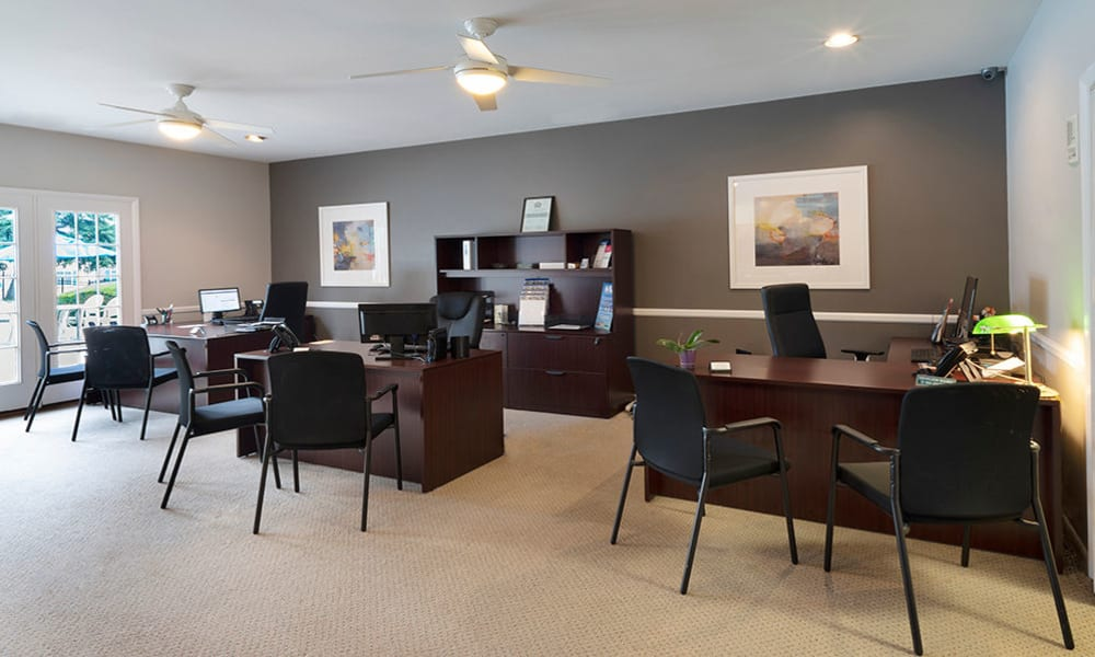 Leasing office at Eagle's Crest Apartments in Harrisburg, Pennsylvania