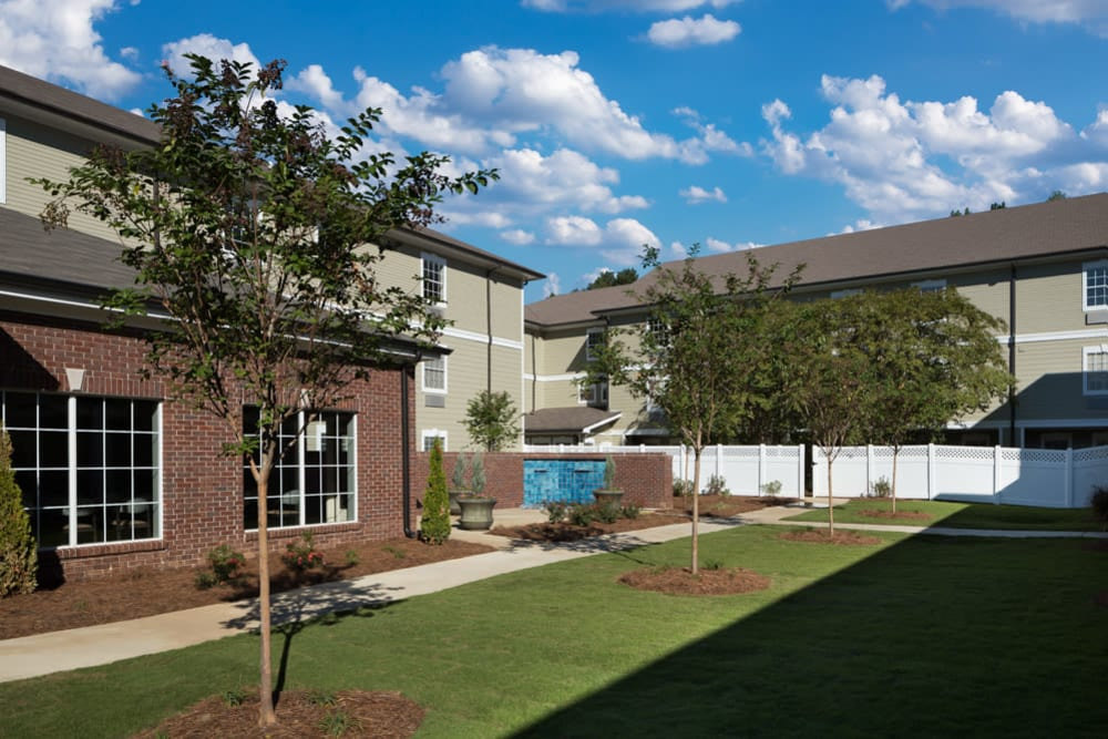 Back patio and landscaping at River Highlands in Hoover, Alabama