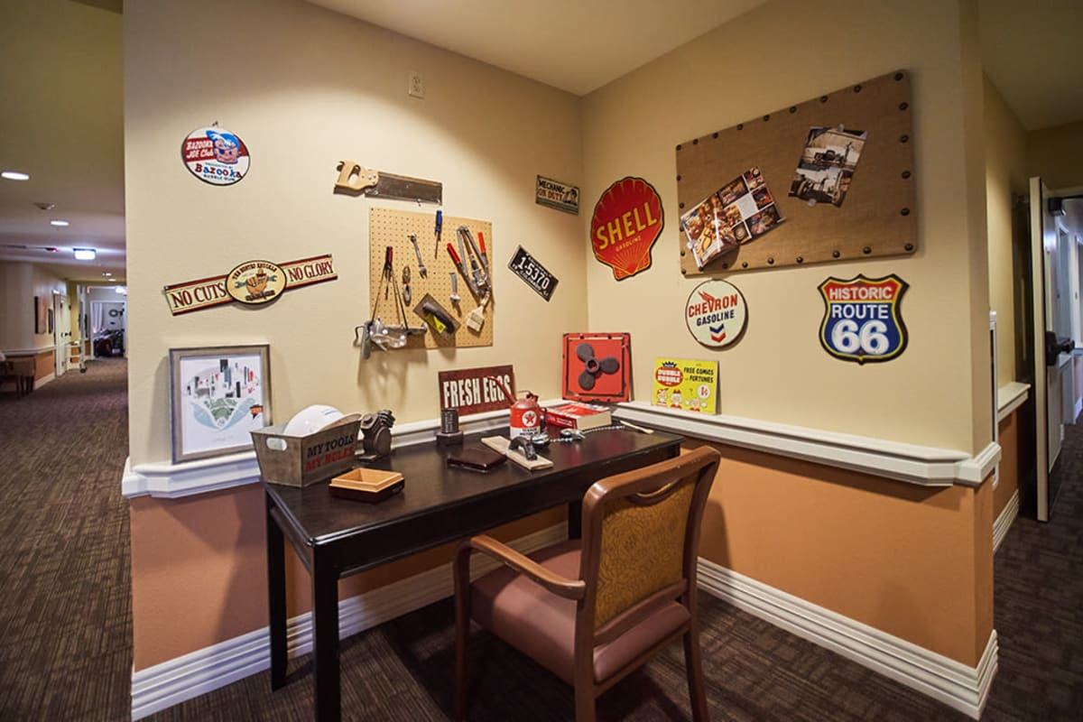 Popular life nostalgia at New Dawn Memory Care in Colorado Springs, Colorado