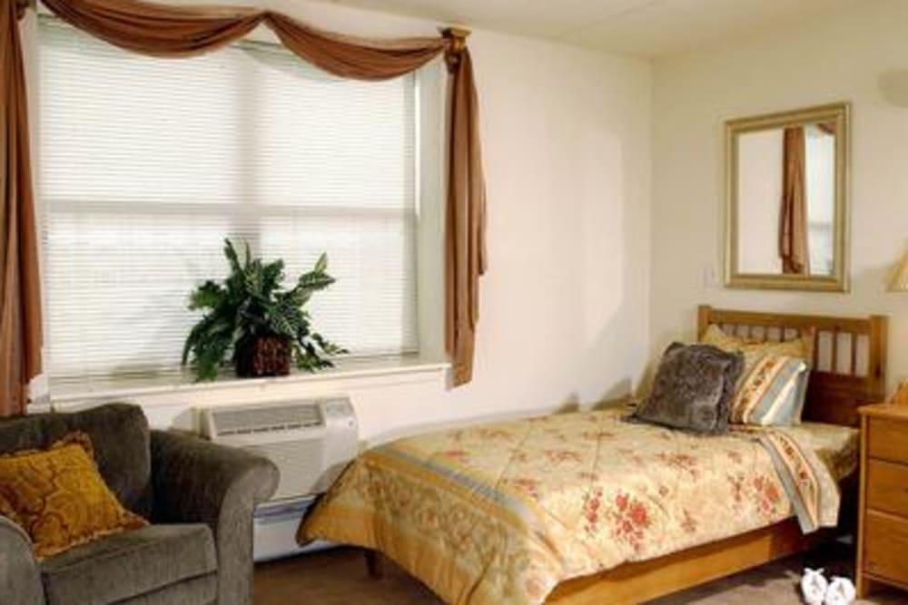 Senior Living Model Bedroom at Victory Centre of River Woods in Melrose Park
