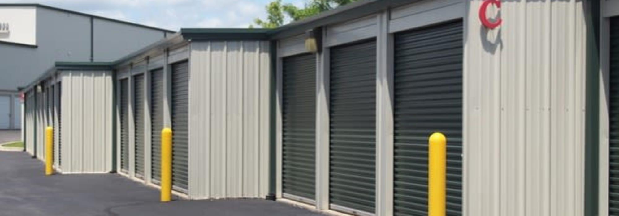 Self storage from Michigan Storage Centers in Farmington Hills, Michigan