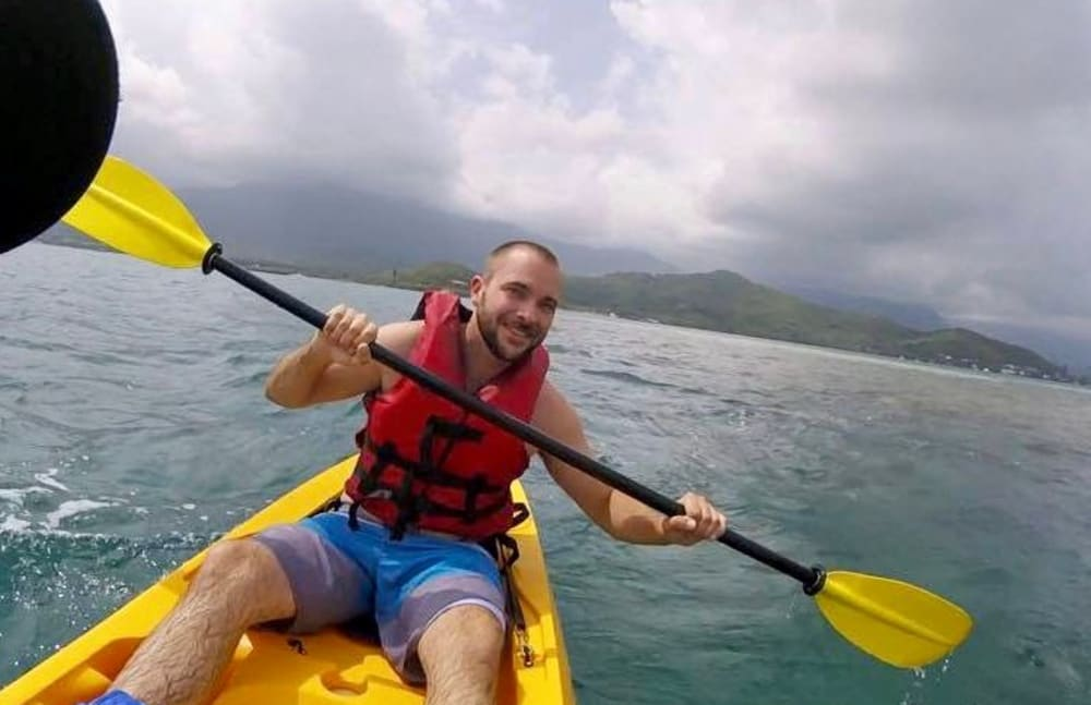 Kevin from Touchmark on West Prospect in Appleton, Wisconsin kayaking in Hawaii
