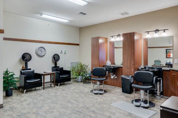 Salon at Arbor Glen Senior Living in Lake Elmo, Minnesota