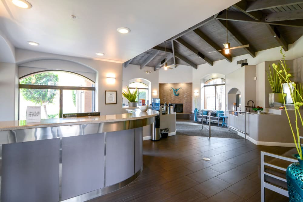 Luxury community business center at The Palms on Scottsdale in Tempe, Arizona