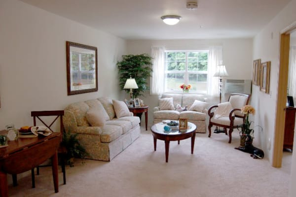 Private living quarters at Edgewood Point Assisted Living in Beaverton, Oregon