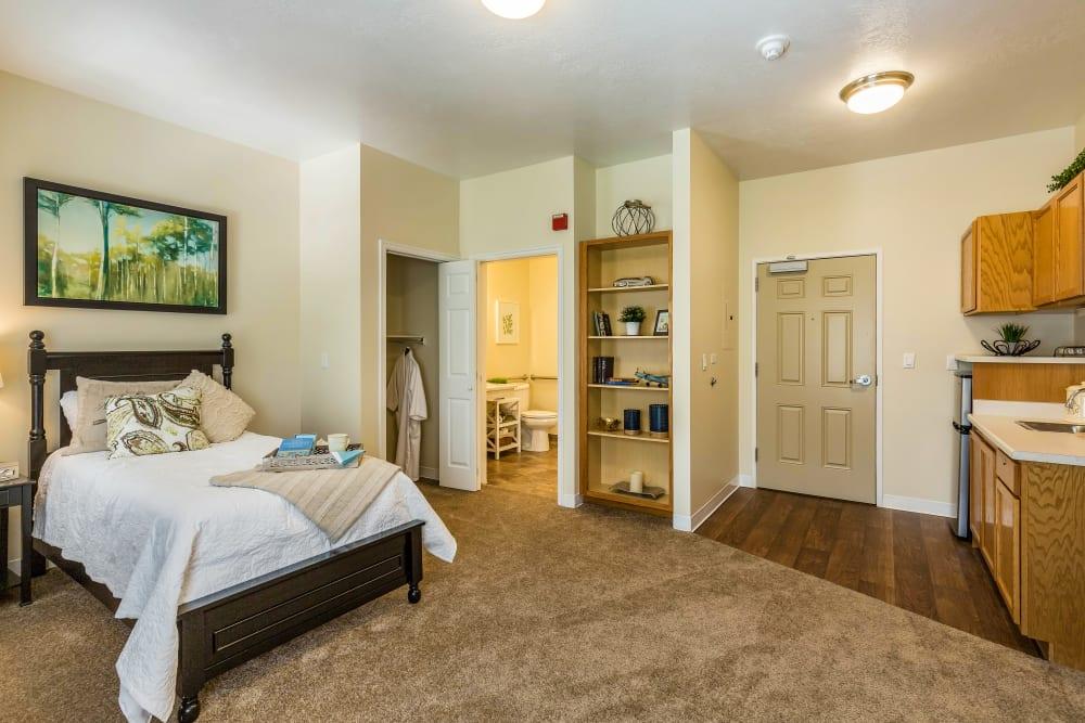 Studio apartment at Canyon Creek in Cottonwood Heights, Utah