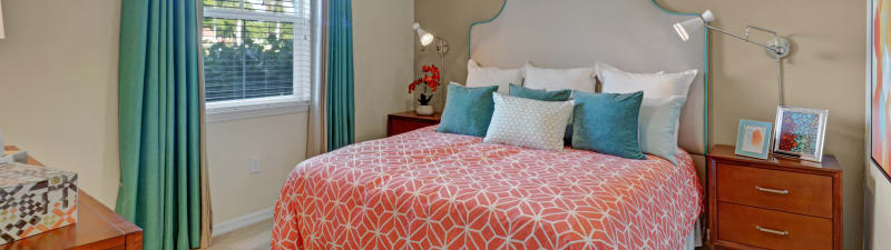 Cozy bedroom at Linden Pointe in Pompano Beach, Florida