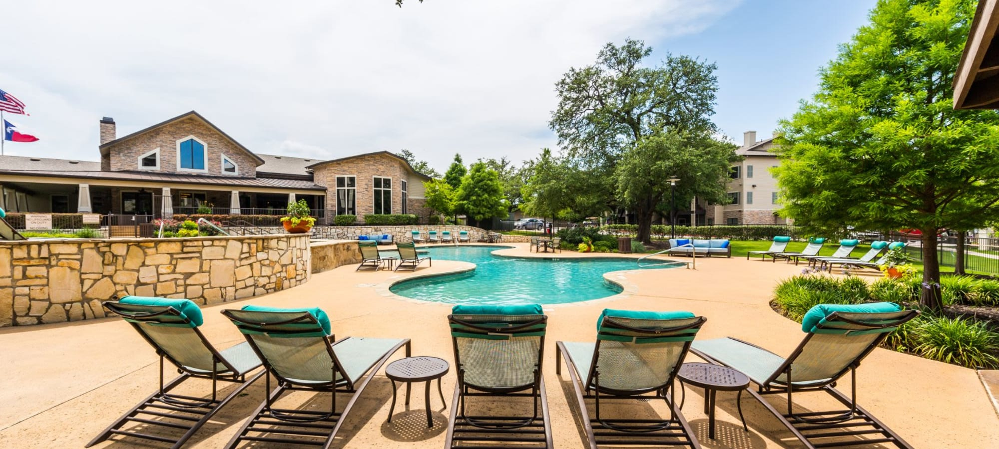 Apartments at Marquis on Lakeline in Cedar Park, Texas