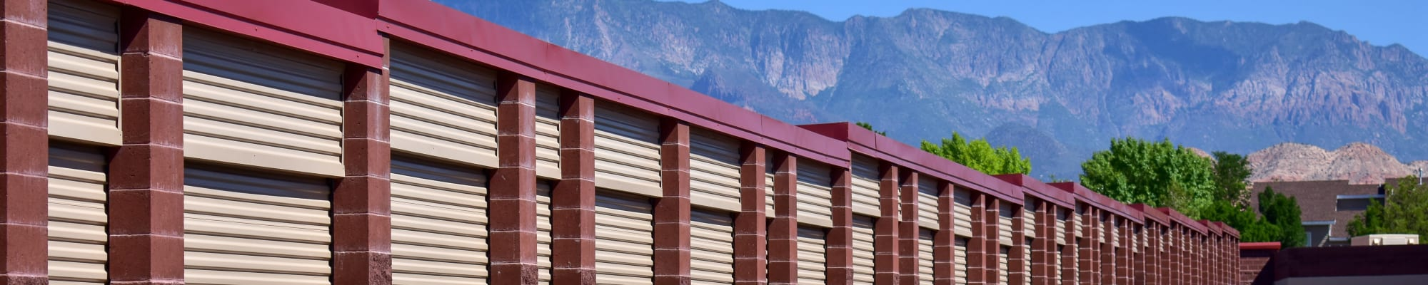 Climate-controlled storage at STOR-N-LOCK Self Storage in Hurricane, Utah
