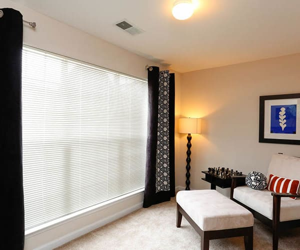Ascend @ 1801 offers spacious 1, 2 & 3 bedroom apartments for rent in Charlotte