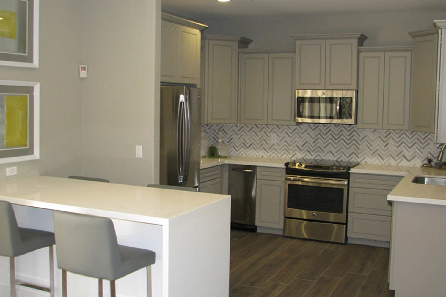 Well appointed kitchen at Ocotillo Bay Apartments in Chandler, Arizona