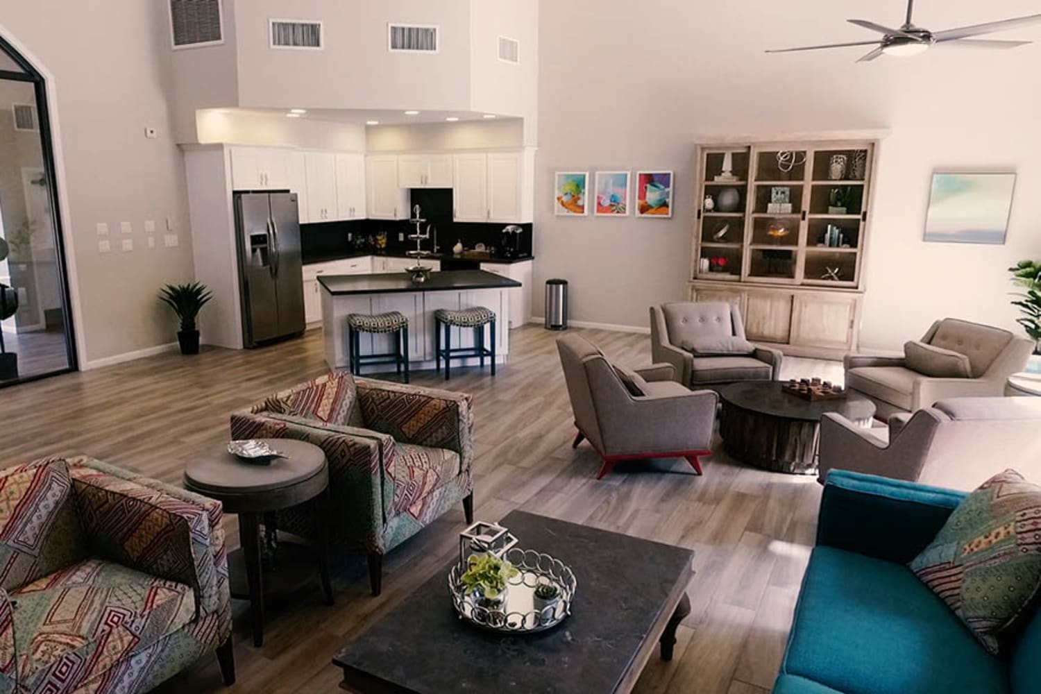 Waterford Place Apartments offer a spacious clubhouse in Mesa, Arizona