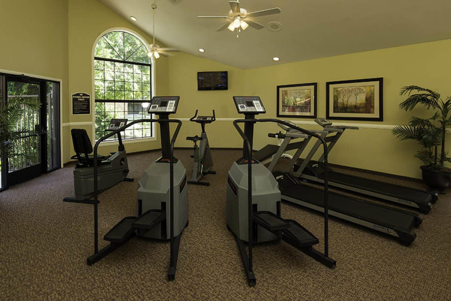 Waterford Place Apartments offer a fitness center in Mesa, Arizona