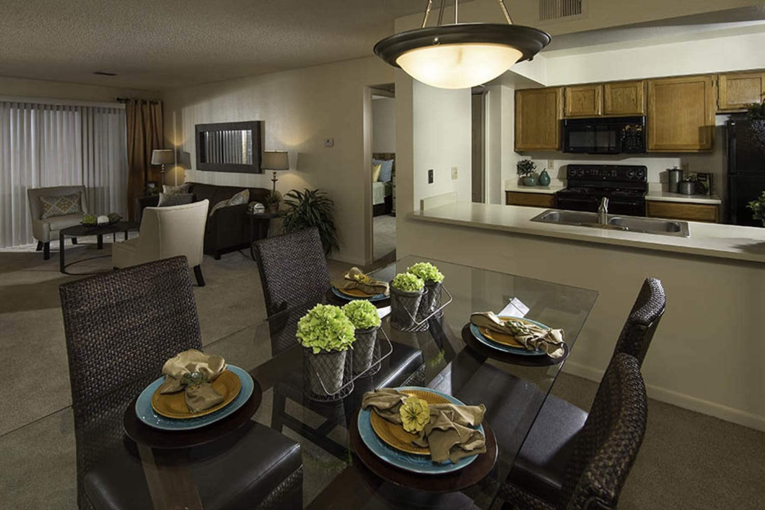 Waterford Place Apartments offer spacious open floor plans in Mesa, Arizona