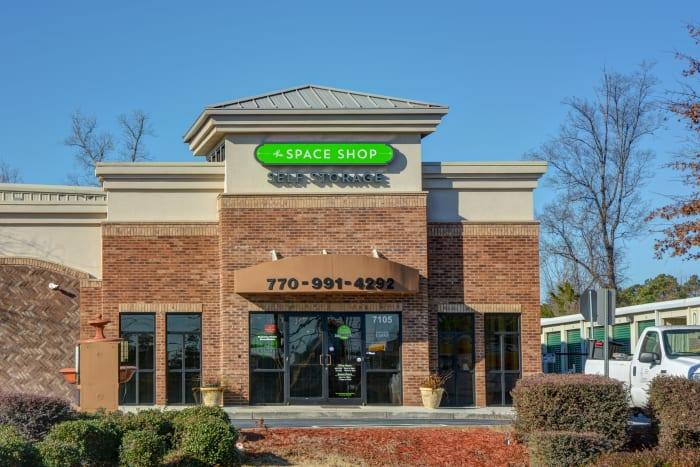 Leasing office at Space Shop Self Storage in Riverdale, Georgia