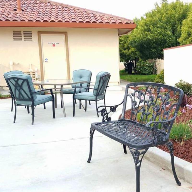 Outdoor seating at Peninsula Reflections in Colma, California