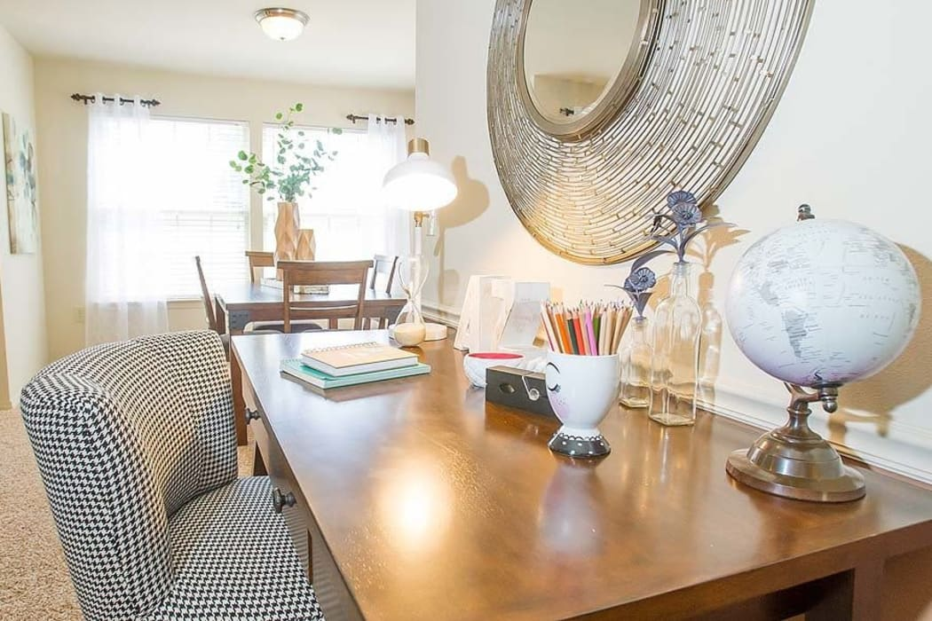 Living room at Tuscany Hills in Tulsa, Oklahoma