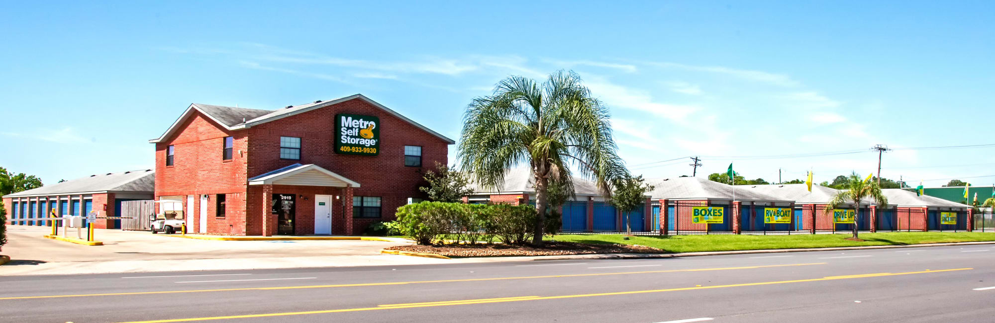 Metro Self Storage in La Marque, TX