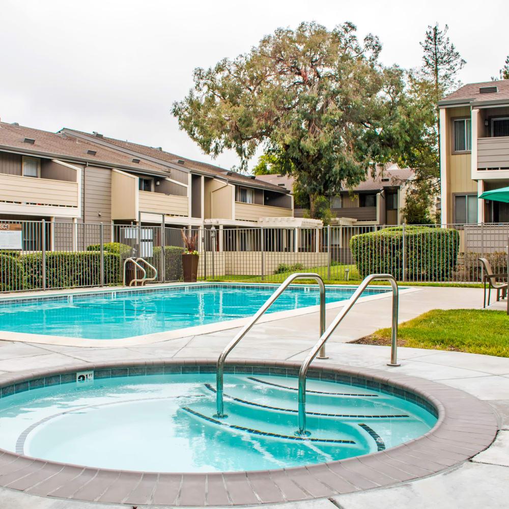 Spa and swimming pool at Sofi Dublin in Dublin, California