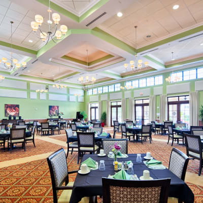 View Cypress Point's services and amenities in Fort Myers, Florida