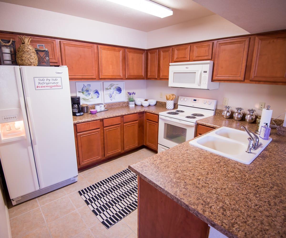 Well equipped kitchen at Villas at Aspen Park in Broken Arrow, Oklahoma