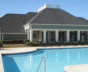 Peaks Landing in Conyers GA offers beautiful apartment homes